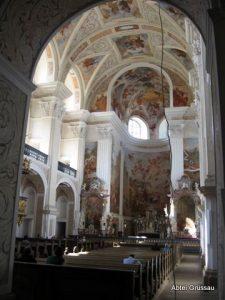 St. Josefskirche von Innen
